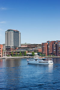 Hotel Ilves, Tampere, and cruise boat